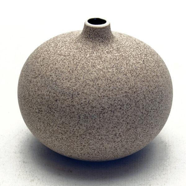 Lindform vase. Bari mellem sand
