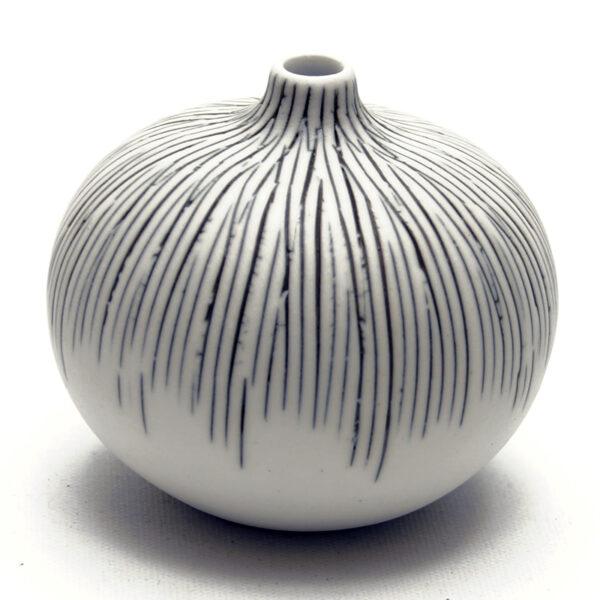 Lindform vase, Bari stribe slip