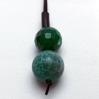 Gummikæde med sten
