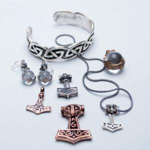 Vikingesmykker i bronze og sølv