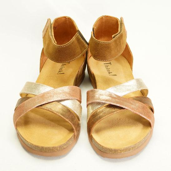 Let sandal i brunt/gyldent fra THINK!