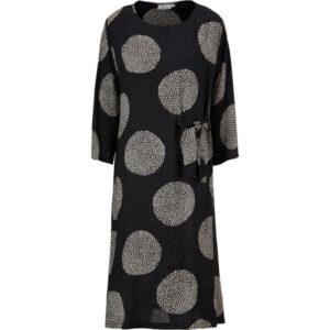 Masai kjole, Nonie