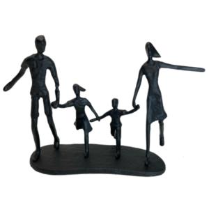 Jernfigur: familie i løb