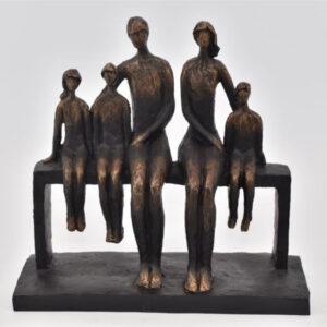 La Vida familie på bænk H: 24 cm