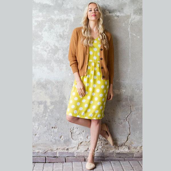 Sød gul ærmeløs prikket kjole fra Zilch.
