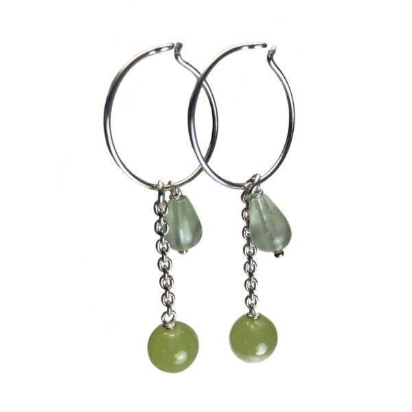 Grøn sten øreringe i sølv