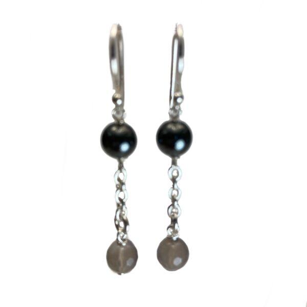 Øreringe i sort og grå