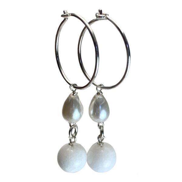 Hvide øreringe med sølv, sten og perle